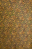 A parede antiga dourada no palácio de Narai Foto de Stock