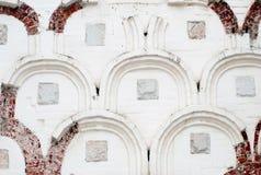 Parede branca velha de um edifício histórico Fotografia de Stock