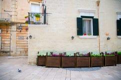 Parede da construção velha, Sassi di Matera, Basilicata, Ital do sul imagens de stock