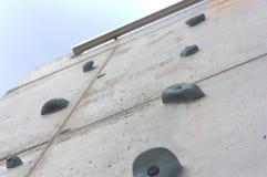 Parede da escalada exterior imagem de stock