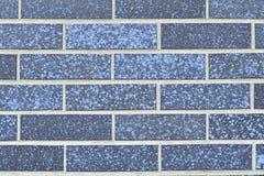Parede de alvenaria construída de tijolos azuis Imagem de Stock