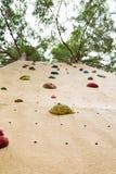Parede de escalada exterior Imagem de Stock Royalty Free