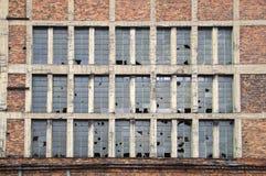 Parede de janelas quebradas Imagem de Stock Royalty Free