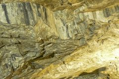 Parede de mármore no lugar da extração de pedra imagem de stock