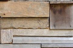 Parede de madeira recuperada da prancha Fotografia de Stock Royalty Free