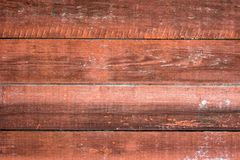 Parede de madeira velha pintada Fundo vermelho fotos de stock royalty free