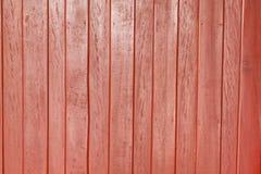 Parede de madeira vermelha Fotos de Stock