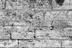 Parede de pedra antiga em preto e branco Fotografia de Stock