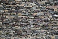 Parede de pedra de ardósia misturada Fotografia de Stock