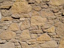 Parede de pedra de tamanhos diferentes de Tan Fotos de Stock