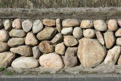 Parede de pedra do Frisian no console de Sylt, Alemanha foto de stock royalty free