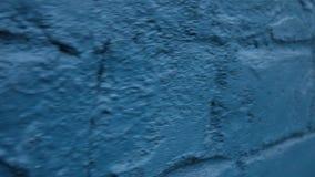 Parede de tijolo azul Superfície de pedra vídeos de arquivo