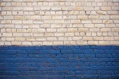 Parede de tijolo branca e azul Fotografia de Stock Royalty Free
