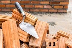Parede de tijolo da construção Imagens de Stock