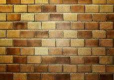 Parede de tijolo no trem subterrâneo Fotos de Stock Royalty Free