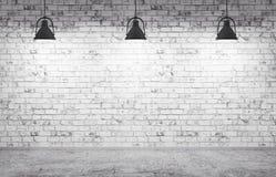 A parede de tijolo, o assoalho concreto e o fundo 3d das lâmpadas rendem ilustração royalty free