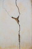 Parede de tijolo resistida velha Imagens de Stock Royalty Free