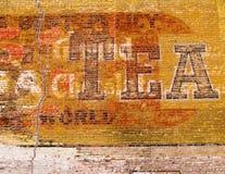 Parede de tijolo vermelho de Grunge fotografia de stock