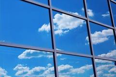 Parede de vidro do edifício foto de stock royalty free
