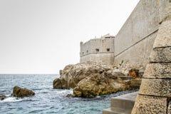 Parede defensiva de Dubrovnik velho Fotografia de Stock