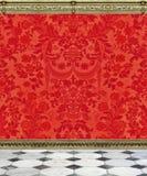 Parede do damasco e assoalho vermelhos do mármore imagem de stock royalty free