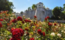 Parede do monastério de Kyiv Pechersk Lavra, Kiev, Ucrânia fotografia de stock