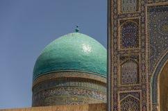 Parede dos madrasahs em Samarqand Imagens de Stock Royalty Free