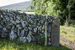 A parede Drystone imagens de stock