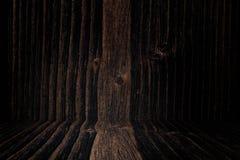 Parede e assoalho de madeira escuros do fundo do Grunge Textura de madeira surf foto de stock