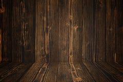 Parede e assoalho de madeira escuros do fundo do Grunge Textura de madeira surf imagens de stock royalty free