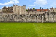 Parede exterior da torre de Londres Imagem de Stock