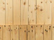 Parede feita da madeira Fotos de Stock Royalty Free