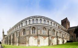 Parede Inglaterra da catedral do St albans imagens de stock