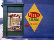 Parede lateral do restaurante da pizza fotos de stock