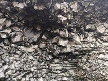Parede natural na textura das rochas, Isl?ndia do basalto imagens de stock