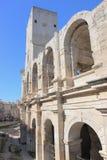 Parede romana do anfiteatro em Arles, França imagem de stock royalty free