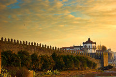 Parede velha da cidade de Porto, Portugal Foto de Stock Royalty Free