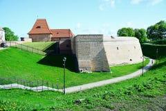 Parede velha da defesa da cidade de Vilnius o 8 de maio de 2015 Imagem de Stock Royalty Free