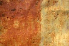 Parede velha do metal com tom dois do fundo da textura da oxidação Fotos de Stock