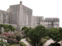 Paredes da cidade e fortaleza de Minceta, Dubrovnik fotografia de stock