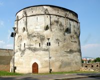 Paredes da cidade medieval Brasov (Kronstadt), Transilvania, Romênia Fotografia de Stock Royalty Free