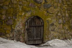 Paredes da fortaleza de Karela imagem de stock