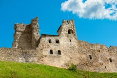 Paredes da fortaleza Rakvere, Estônia, UE Fotografia de Stock Royalty Free