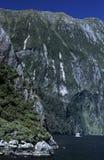 Paredes da rocha de um Fiord natural Fotografia de Stock Royalty Free