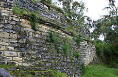 Paredes da ruína de Kuelap imagem de stock royalty free