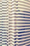 Paredes de cristal de la fachada del rascacielos Imágenes de archivo libres de regalías