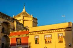 Paredes de la catedral de Mezquita en Córdoba, España Foto de archivo libre de regalías
