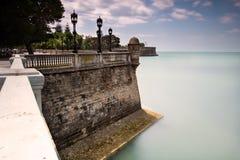 Paredes de la ciudad de Cádiz, España Fotografía de archivo libre de regalías