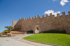 Paredes de la ciudad medieval de Montblanc Foto de archivo
