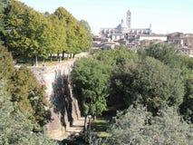 Paredes de la ciudad - Siena Imagen de archivo